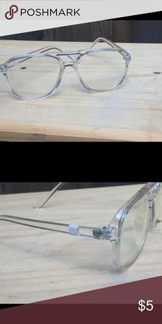 AVIATOR GLASSES Great looking clear aviators glasses. Brand new never worn.  Little bit of 411c69a31623