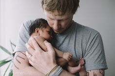3 + 1 = A new family of 4 | Sarah Churcher #dad #love #fatherhood #connection #family #bliss #home #photoshoot #windowlight
