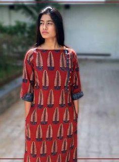 Kurtis neck designs for your stylish look - Simple Craft Ideas Salwar Designs, Simple Kurti Designs, New Kurti Designs, Kurta Designs Women, Kurti Designs Party Wear, Neck Designs For Suits, Dress Neck Designs, Blouse Designs, Kurti Sleeves Design