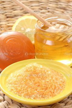 Honey & Lemon Bath Salt