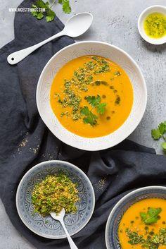 Thai Kürbis Suppe mit Süßkartoffeln Rezept