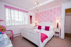 Hamiltons Boutique Accomodation, Southend on Sea showcasing their Lady H room #HildenStyleAwards view their site here: http://hamiltonsboutiquehotel.co.uk/