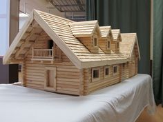 elaborada en palitos de madera