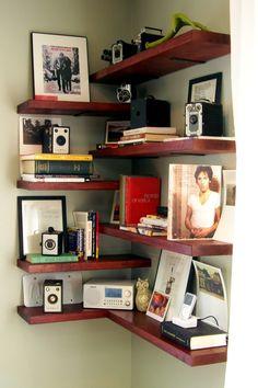 Designs for your self-made corner shelf - space-saving ideas for the home