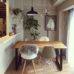 Chairs For Sale Restaurant Code: 8480590473 Condo Living, Living Room, Ikea High Chair, High Chairs, Tiny Studio Apartments, Comfortable Office Chair, Round Chair, Chairs For Sale, Interior Inspiration