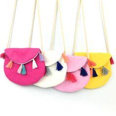 New Children Summer Colorful Fabric Bag Tassel Soft Kids Messenger Bag Cool Canvas Casual Small Bag Vintage Design Baby Gifts Kids Messenger Bags, Diy Bags No Sew, Kids Purse, Crochet Shell Stitch, Diy Handbag, Girls Bags, Fabric Bags, Diy For Girls, Handmade Bags