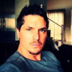 Zak Bagans Ghost Adventures what a lovely pic of the man himself :) Hunting Shows, Ghost Shows, Ghost Adventures Zak Bagans, Ghost Hunters, Attractive Men, Celebrity Crush, A Team, Actors & Actresses, Sexy Men