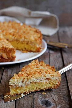 Questo gateau lo assaggiai ad una festa e pretesi e ottenni la ricetta senza troppe minacce. La ricetta originale appartiene a Betty Bos...