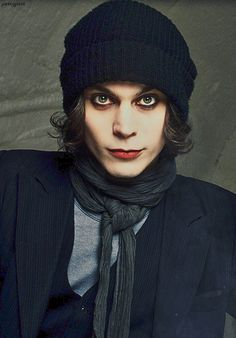 It's poetry carved in flesh. Ville Valo, Metal Bands, Rock Bands, The Rasmus, Rock & Pop, Aesthetic People, Him Band, Pearl Jam, Music Stuff
