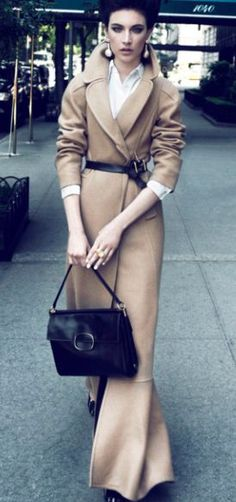 Fashionable Friday: Classic Coats - Design Chic - Street Chic Looks Style Work, Mode Style, Style Me, Look Fashion, Winter Fashion, Womens Fashion, Fashion Trends, Fashion Mag, Street Fashion