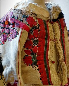 Hungarian folk embroidery   Flickr - Photo Sharing!