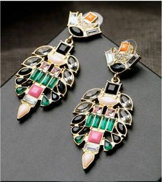 COLORFUL CHANDELIER STUD EARRING DESIGN  RP 120.000 Size : 7,5 cm x 3,2 cm  FOR ORDERING WA OR TEXT 087875164760