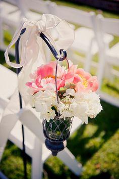 Simple and beautiful aisle markers! #gardenwedding {Elizabeth Davis Photography; Floral Designer:Missy Gunnels}