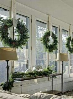 Sinple Christmas decor