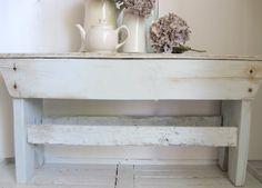 Craftberry Bush: Rustic Bench DIY ~ Love how this looks!