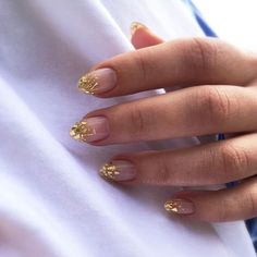 black manicure and nails Gold Nail Art, Stiletto Nail Art, Gold Nails, Acrylic Nails, Coffin Nails, Gradient Nails, Holographic Nails, Glitter Nails, Cute Nails