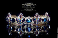 Купить Тиара-корона для волос «Летиция» в стиле DOLCE & GABBANA - тёмно-фиолетовый, тиара