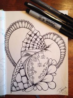 Love doing these. #zendoodle #sketchbookproject #art pic.twitter.com/iugOdraB3t