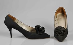 House of Dior shoes c. Gift of Lauren Bacall to The Metropolitan Mu - Dior Shoes - Ideas of Dior Shoes - House of Dior shoes c. Gift of Lauren Bacall to The Metropolitan Museum of Art. Vintage Dior, Christian Dior Vintage, Mode Vintage, Vintage Shoes, Pump Shoes, Shoe Boots, Pumps, Stilettos, Roger Vivier Shoes