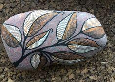 Brown leaf, by Lene Mortensen