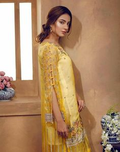 20 Creative and Latest Sleeve Designs For Kurtis - Tikli Kurti Sleeves Design, Kurta Neck Design, Sleeves Designs For Dresses, Dress Neck Designs, Blouse Designs, Sleeve Designs For Kurtis, Designer Party Wear Dresses, Kurti Designs Party Wear, Indian Designer Outfits