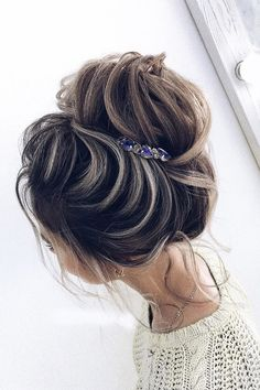 Perfect Bridal Hairstyles For Big Day Party ❤ See more: http://www.weddingforward.com/bridal-hairstyles/ #weddingforward #bride #bridal #wedding
