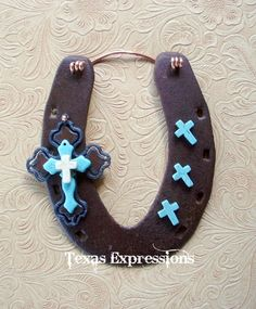 Stacked Crosses on Smooth Horseshoe