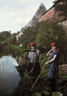 Autochrome photo from the 1920s and '30s pb