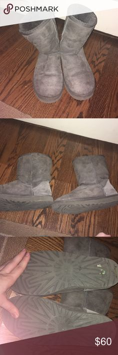 Size 9 Gray Uggs, in great condition! Only worn for 1 season! In excellent condition, had plastic taps on heels so they are not worn at all on the heel part. UGG Shoes Ankle Boots & Booties