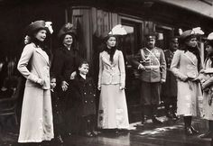 The daughters of Tsar Nicholas II of Russia and Hessian relatives,Grand Duchess Eleonore of Hesse (Darmstadt) and little Prince Ludwig and hereditary Grand Duke Georg Donatus.Early 1910s.
