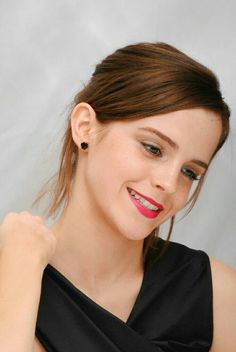 Miss Emma Watson want to Married u have some Kids with u. Need a very Good fuck Baby Girl I Love u sweetheart Miss Emma Watson Emma Love, Emma Watson Beautiful, Emma Watson Sexiest, Hermione Granger, Emma Watson Fan, Harry Potter Film, Elegantes Outfit, Woman Crush, Beautiful Actresses