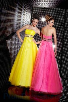 2011 Style A-line Strapless Rhinestone Sleeveless Floor-length Tulle Prom Dress / Evening Dress Prom Dress 2013, Strapless Prom Dresses, Tulle Prom Dress, Cheap Prom Dresses, Quinceanera Dresses, Homecoming Dresses, Formal Dresses, Dresses 2013, Dresses Dresses