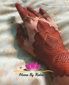 Image may contain: shoes, possible text that says 'Henna By Ridma' Kashee's Mehndi Designs, Pretty Henna Designs, Mehndi Designs For Beginners, Mehndi Designs For Girls, Mehndi Design Photos, Wedding Mehndi Designs, Mehndi Designs For Fingers, Mehndi Images, Arabic Henna