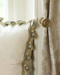 Ana Rosa: pillow, drapes