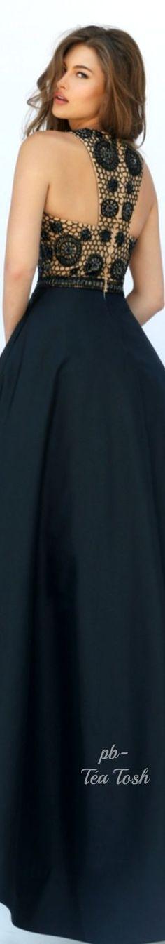 Sherri Hill Spring 2016 ✴ Téa Tosh Short Dresses, Prom Dresses, Formal Dresses, Fashion Show, Couture Fashion, African Dress, Dress Backs, Sherri Hill, Dress Patterns