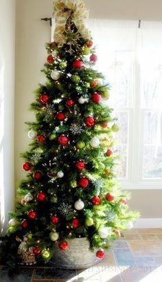 Breakfast Room Christmas Tree
