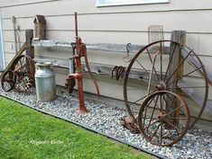 Find more information on antiques #antiques Garden Junk, Garden Yard Ideas, Garden Projects, Garden Tips, Rustic Gardens, Outdoor Gardens, Diy Shed, Front Yard Landscaping, Landscaping Ideas