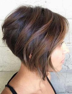 70 Cute and Easy-To-Style Short Layered Hairstyles Stacked Brown Bob With Balayage Highlights Inverted Bob Hairstyles, Bob Hairstyles With Bangs, Short Layered Haircuts, Wedge Hairstyles, Layered Hairstyles, Hairstyles 2018, Hairstyles Pictures, Medium Hairstyles, Blonde Hairstyles