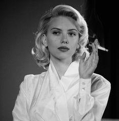 Scarlett Johansson, Black Widow Scarlett, Black Widow Marvel, Marvel Women, Women Smoking, Natasha Romanoff, Girl Crushes, Aesthetic Pictures, American Actress