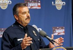 Los Angeles Police Chief Charlie Beck speaks at news conference, Dec. 29, 2014.