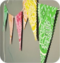 Paper Bandanna Bunting, quick and easy!