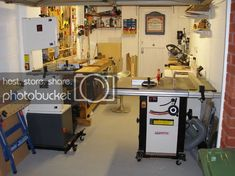 One Car Garage Workshop Layout Small Garage, Car Garage, Garage Room, Woodworking Workshop Layout, Woodworking Shop, Garage Workshop, Wood Workshop, Workshop Ideas, Low Country Homes