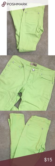 Lime green skinny jeans Size 7 but fit like a 5-7. Look pale in the picture but they are much brighter hybrid Jeans Skinny