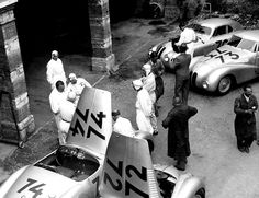 """legendsofracing: """"Some of the BMW and their drivers before the Mille Miglia, The winning car, the BMW 328 Berlinetta Touring, was… Sports Car Racing, Road Racing, Sport Cars, Race Cars, Auto Racing, Porsche 550, Bmw 328, Race In America, Racing Events"""
