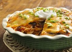 Looking to spice up Enchilada Night? Try this Speedy Layered Chicken Enchilada Pie! Layer after layer of cheesy enchilada goodness that the whole family will love! Enchilada Pie, Enchilada Casserole, Taco Pie, Casserole Recipes, Casserole Dishes, Mexican Dishes, Mexican Food Recipes, Dinner Recipes, Spanish Dishes