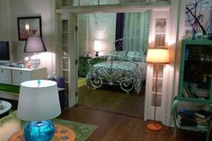 Ally's Bed Room from 'What's Your Number?'.  This looks just like Katherine Heigel's apartment/bedroom set up from '27 Dresses'.