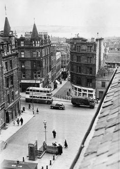 Wellgate from roof of Hilltown tenament Old Photos, Vintage Photos, Police Box, Glasgow Scotland, Dundee, Historical Pictures, England Uk, Great Britain, Street View