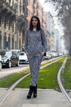 #Doina Ciobanu  at Gucci riffing on black and white. Me loves.
