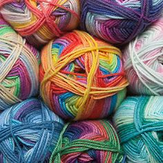 How to Knit Patterns with Self Striping Yarn | Bookdrawer