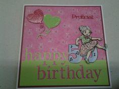 Sarahkaart gemaakt met 3d plaatje van Yvonne creation happy birthday is een memoryboxmal achtergrongpapier en ballonnen zijn van Marianne design en proficiat is gemaakt met een mal van Craftemotion